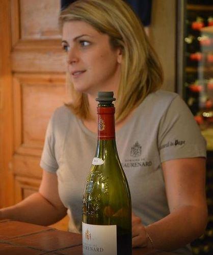 chateaurenard-wine-tasting